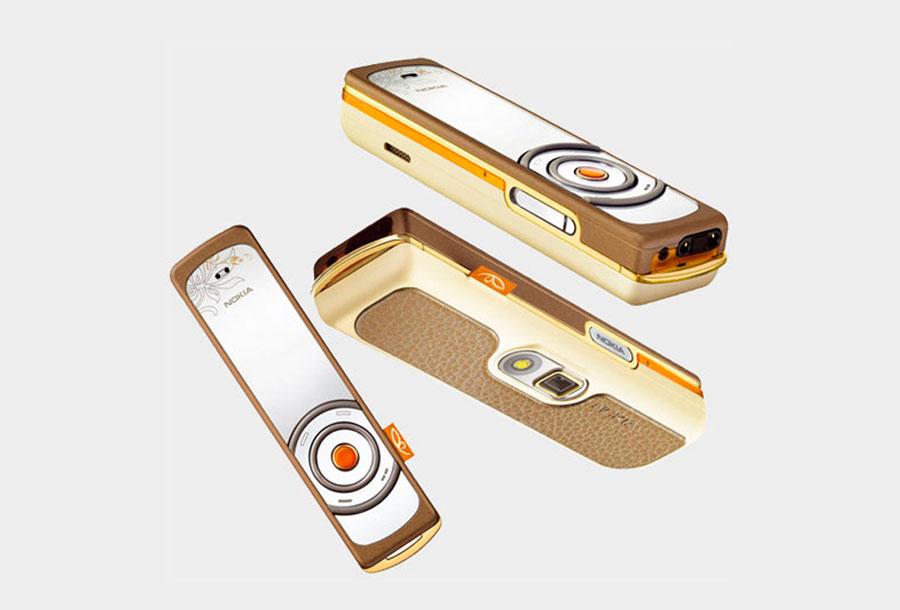 """Nokia 7380 formó parte de """"L'Amour Collection"""" lanzada en 2005"""