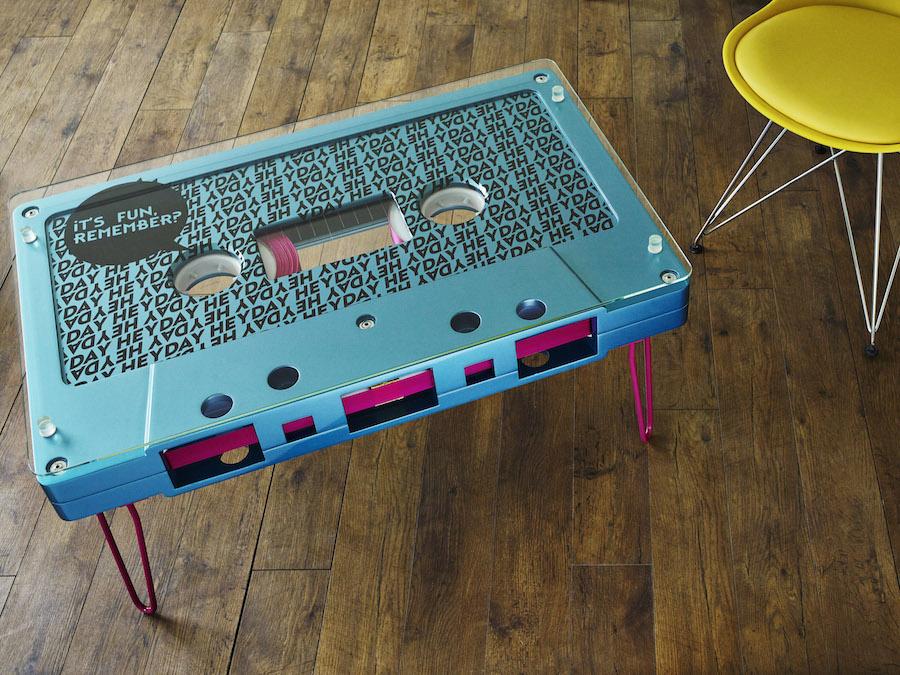 desayunando-en-una-cinta-de-cassette-02