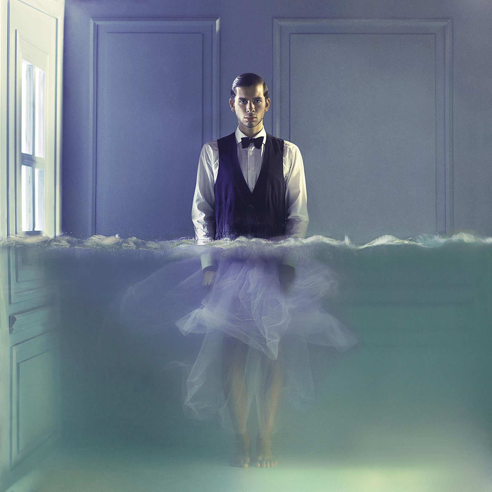 surrealismo-acuatico-lara-zankoul-04