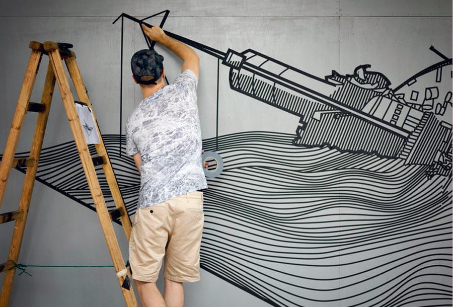 Arte Urbano a través de una cinta aislante